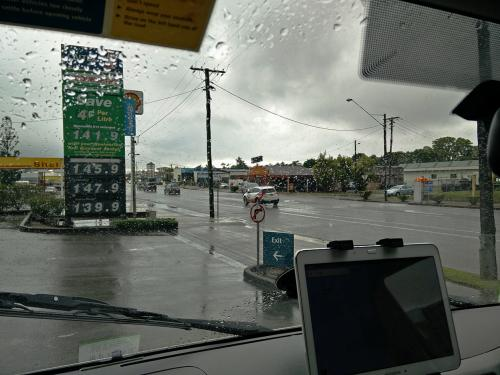 016-Raining